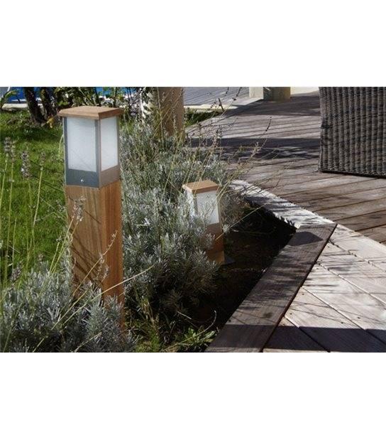 Borne Lumineuse Carrée Bois H70cm SQUARE E27 IP44 éxterieur EASY CONNECT ampoule fournie - BALISE ET BORNE - siageo-led.com