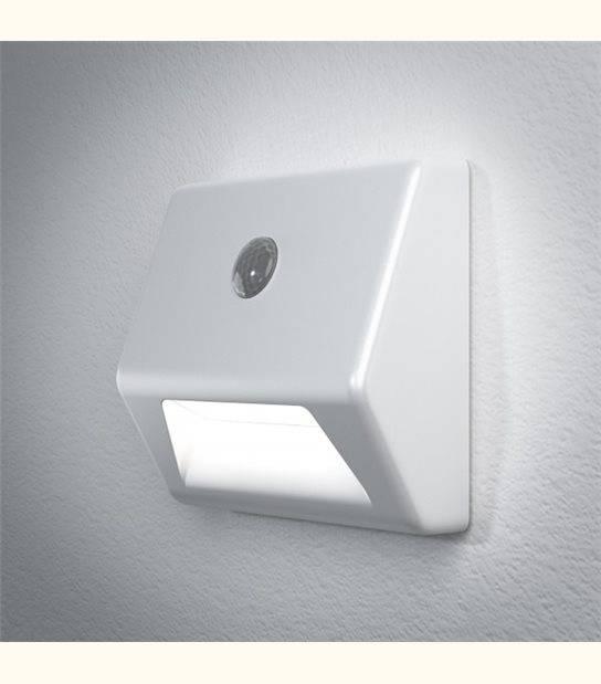Luminaire à Piles NIGHTLUX marche - IP54 - Finition - Blanc - OLD-LEDFLASH - siageo-led.com